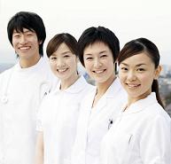 若い医師たち(男女)