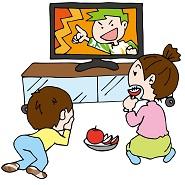 テレビ番組を観ている親子
