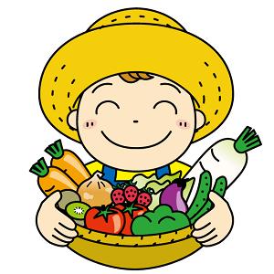 カゴいっぱいの野菜を持つ農家の男性