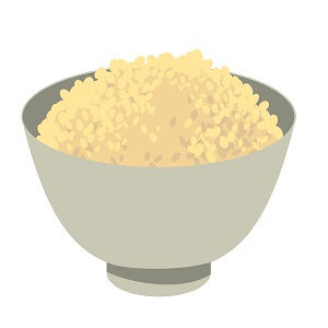 お茶碗に入った玄米ごはん