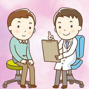 患者に糖尿病合併症について説明する糖尿病専門医